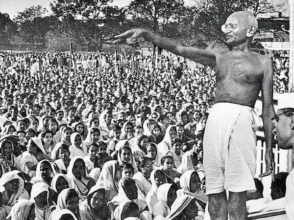 How Mahatma Gandhi Helped India Gain Independence? Essay Sample